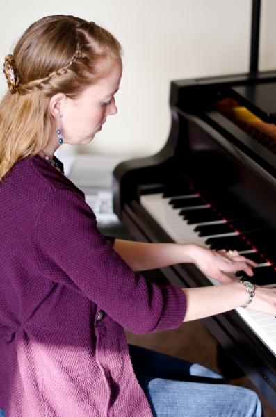 Julia Browne, pianist, technician, teacher.jpg