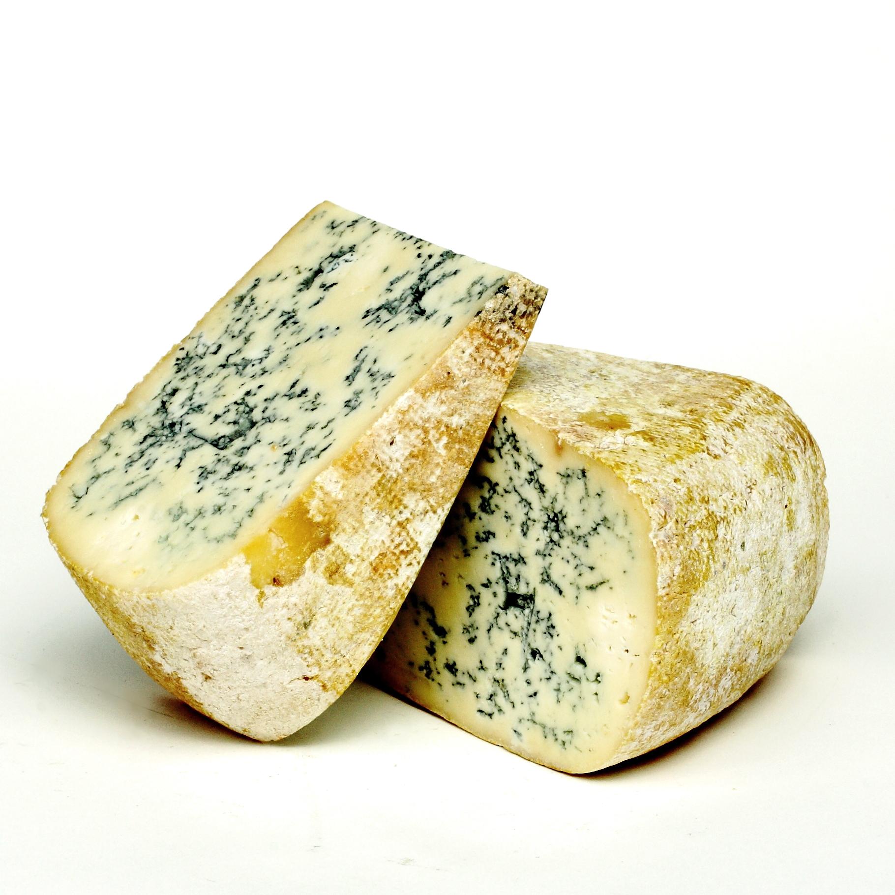 France Cow Bleu de Gex.JPG
