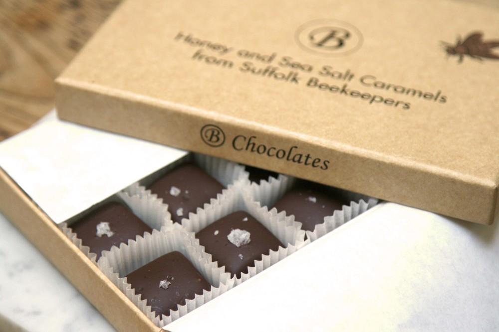 CHEESE & CHOCOLATE GIFT BOX