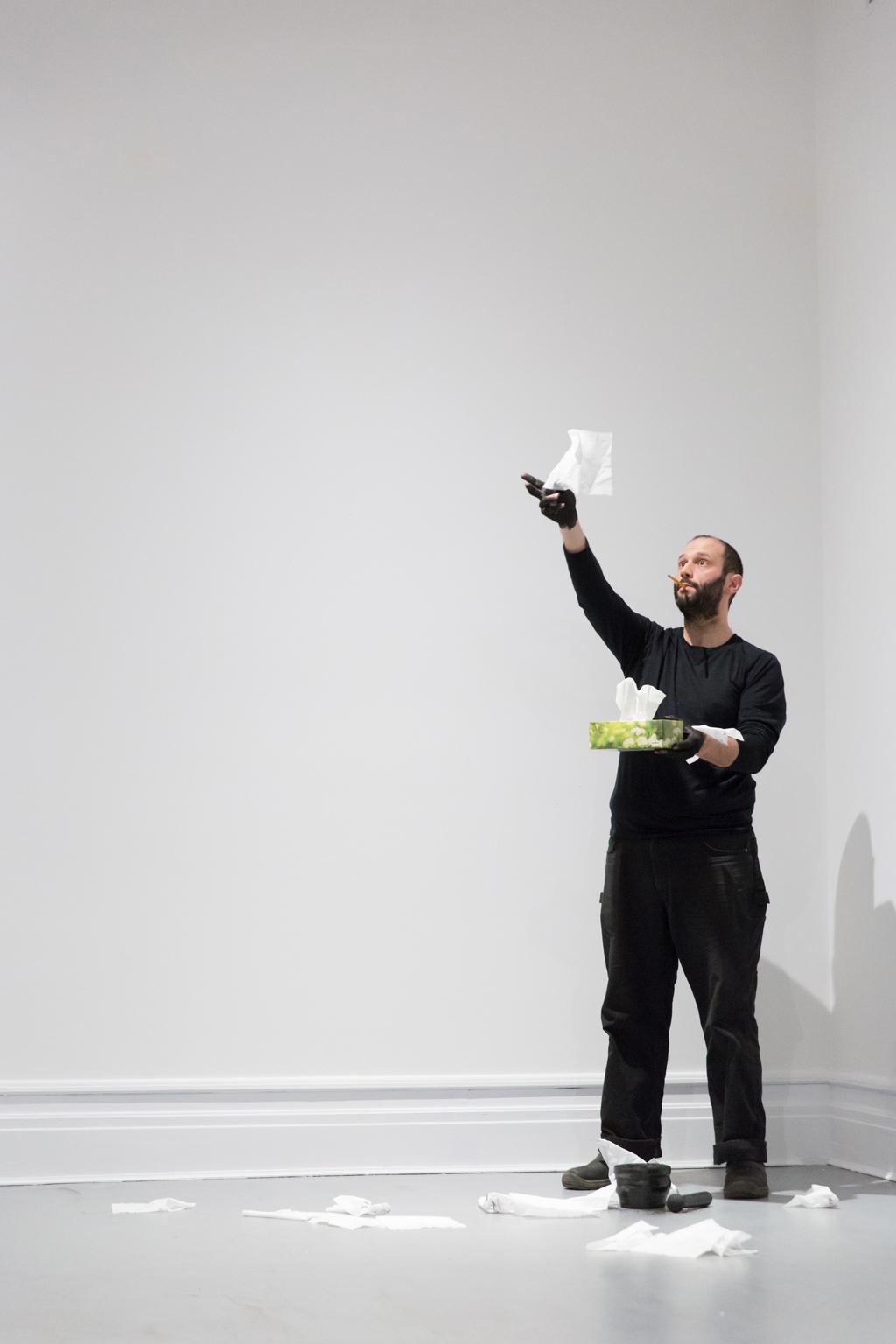 PERFform 17 - Mathieu Léger