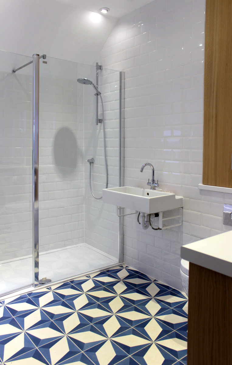 concrete_cement_patterned_encaustic_tiles_moroccan_bathroom_rogue_designs_oxford_2