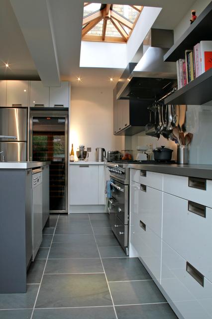 modern+kitchen+3+rogue+designs.png