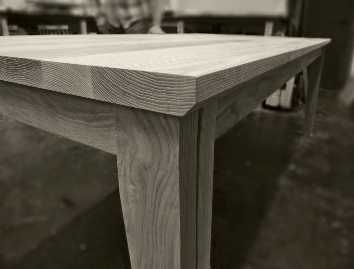 rogue_designs_oxford_extending_table_12_seater_47.jpg