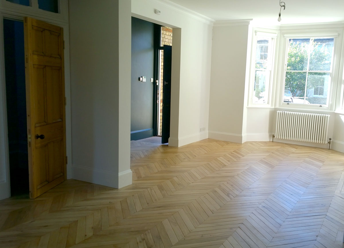 reclaimed-oak-chevron.jpg