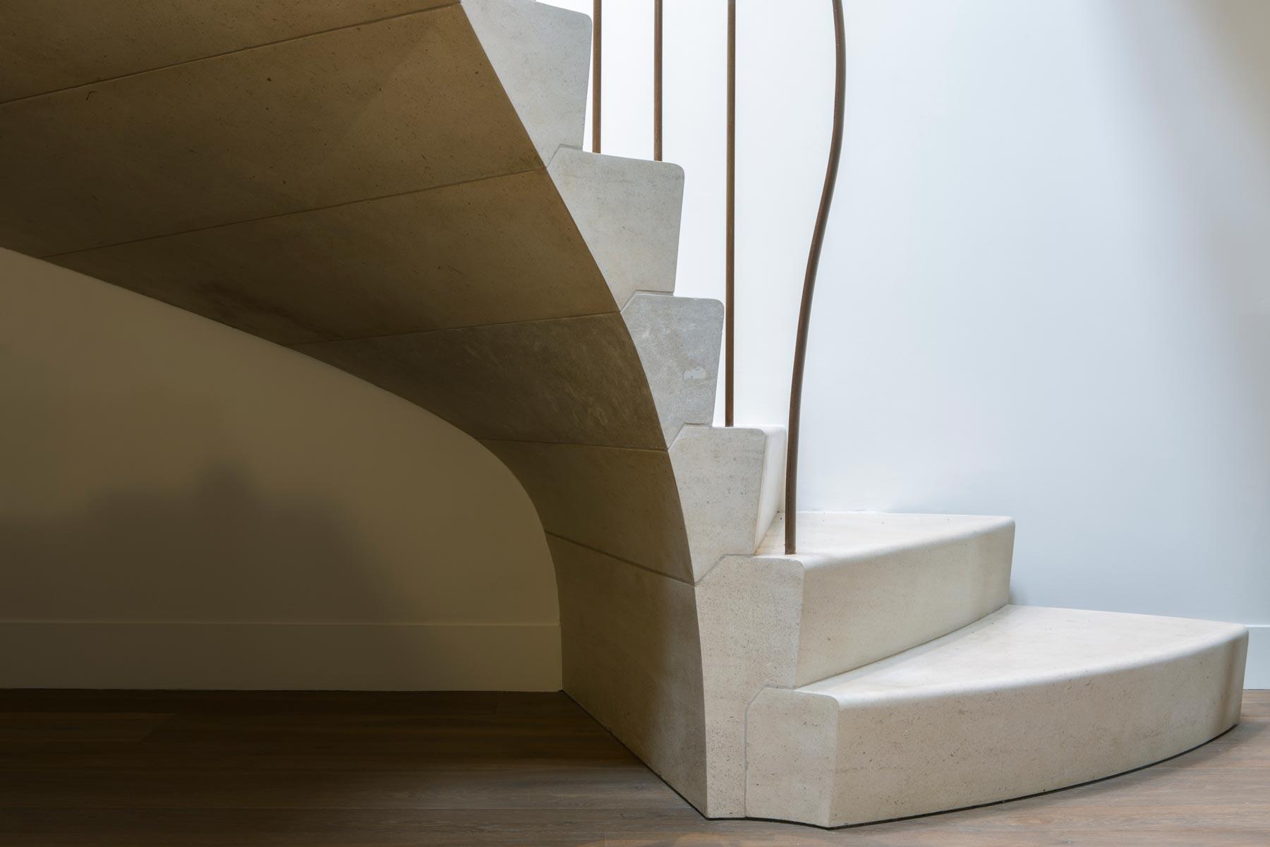 sculptural-limestone-staircase-4-oxfordshire-rogue-designs-ian-knapper.jpg