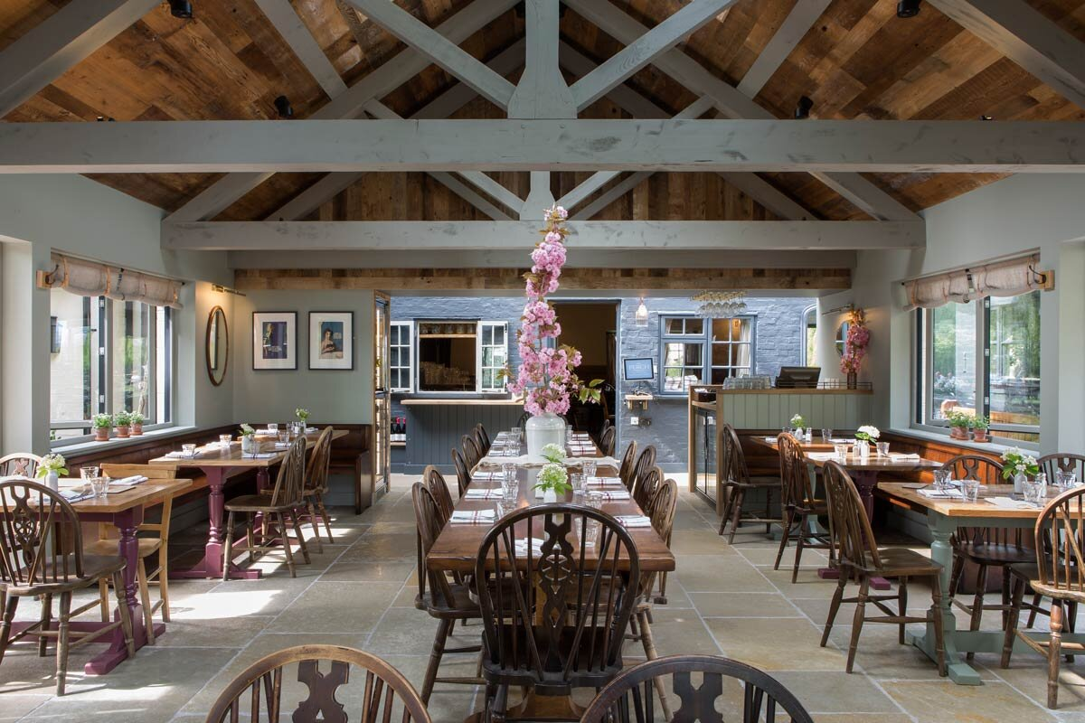 rogue designs oxford  perch inn PERCH_DINING_ROOM-0957.jpg