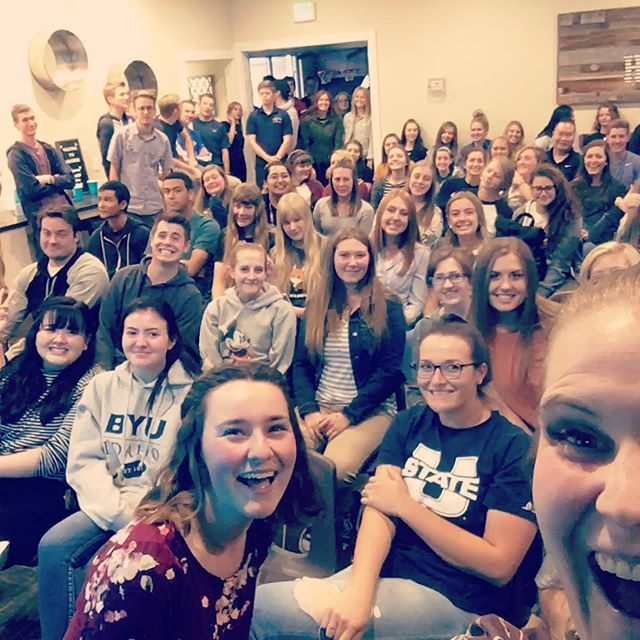 Welcome meetings were a success! 👌👍 tag yourself so people can insta-stalk you😂😂😂 #heritagehomies #rexburghousing #byui #2020datingtechniques