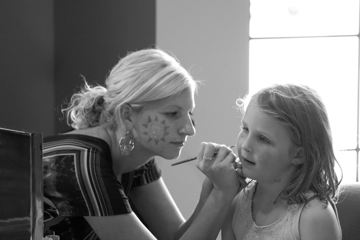 Courtney Face Painting.jpg
