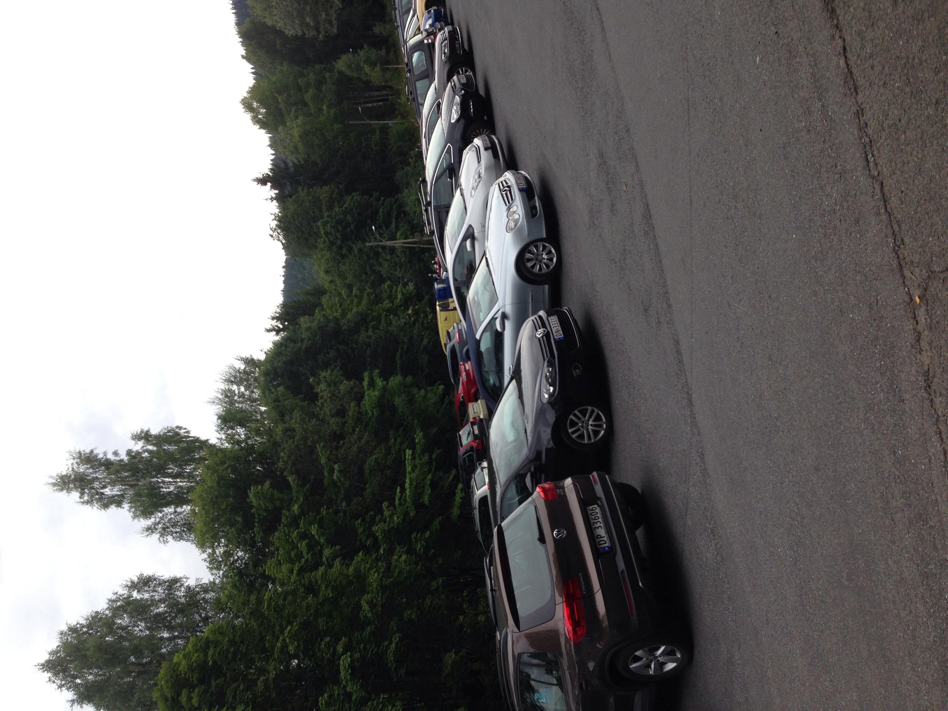 Godt oppmøte ved Skar i dag, uvanlig mye biler for å være 17:30 på en rolig tirsdag.