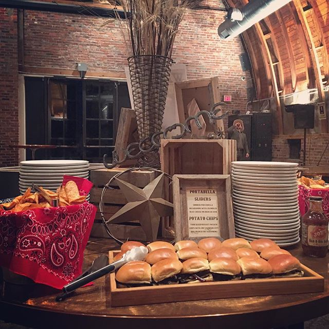 Holiday catering event! #sliders #joeskc #The180Room #holidayhodown