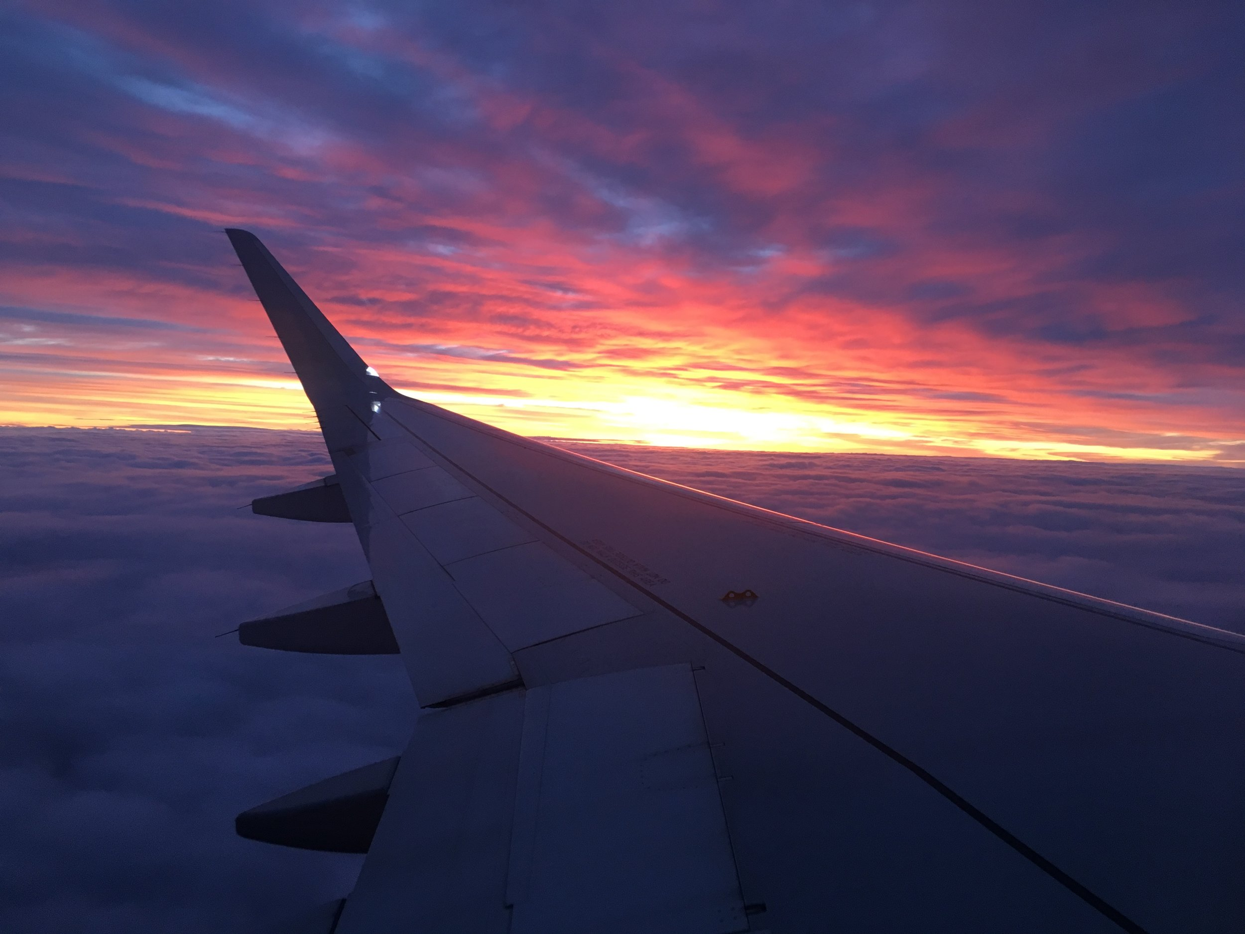 sunset_plain_01.jpeg