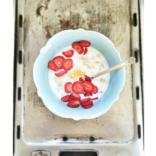 Don't Let Oats Get Boring! 3 Ways to Give Your Oatmeal Bowl a Boost — Madeline Nutrition