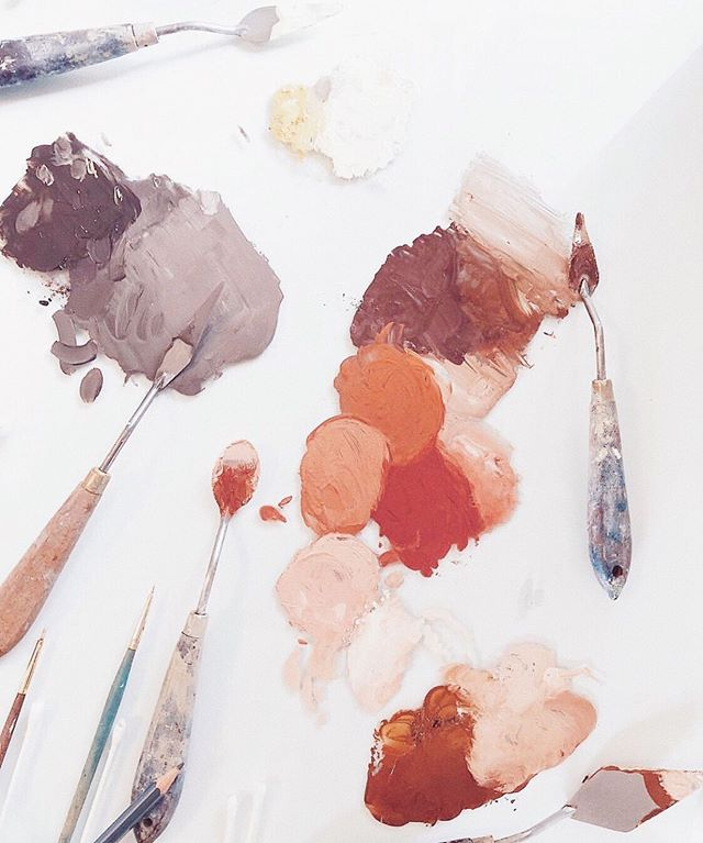 Love this gorgeous palette shot from @stellamariabaer. Reminds me of the beautiful hodgepodge of nutrients women need when they're creating new life. It looks different for everyone, but the proper palette can be life-giving! ⠀⠀⠀⠀⠀⠀⠀⠀⠀ I recommend a prenatal vitamin to all my pregnant clients throughout the entirety of their pregnancy and well into postpartum. However, I ask them to think of prenatal supplementation as added insurance, not something to offset an unhealthy diet. Food still matters. ⠀⠀⠀⠀⠀⠀⠀⠀⠀ Shockingly, there are NO FDA regulations on what can be called a prenatal vitamin. What we do know is that gummy prenatal chews and one-a-days typically don't get the job done. Certain nutrients are literally bulkier than others and the proper requirements won't fit into one small tablet or gummy. Instead, look for a prenatal vitamin with sufficient amounts of minerals and water-soluble vitamins sourced from organic whole foods, as it's likely that fat-soluble vitamins will need additional supplementation in a base of fat, rather than a pressed tablet or powder capsule. (Fat-soluble nutrients like choline, vitamin D, and vitamin K2 are often lacking in conventional prenatal vitamins.) ⠀⠀⠀⠀⠀⠀⠀⠀⠀ Avoid any brands that contain fillers, artificial flavors or ingredients, or dyes. Break up your daily dose as much as possible throughout the day, and take with food for better absorption. ⠀⠀⠀⠀⠀⠀⠀⠀⠀ Another consideration with prenatal vitamins is that recommended daily requirements (RDA s) are typically set l to prevent deficiency, but not necessarily to promote thriving, optimal health of both mother and baby. There is a difference. ⠀⠀⠀⠀⠀⠀⠀⠀⠀ Keep in mind that each nutrient comes in different forms. Many manufacturers choose synthetic, lab-made forms to keep costs low, and these are often less easily absorbed by the body or more difficult to utilize properly once absorbed. ⠀⠀⠀⠀⠀⠀⠀⠀⠀ I keep an updated list on my website of recommended supplements: www.madelinenutrition.com/SHOP ⠀⠀⠀⠀⠀⠀⠀⠀⠀ #prenatalnutrition #prenatalsupplements