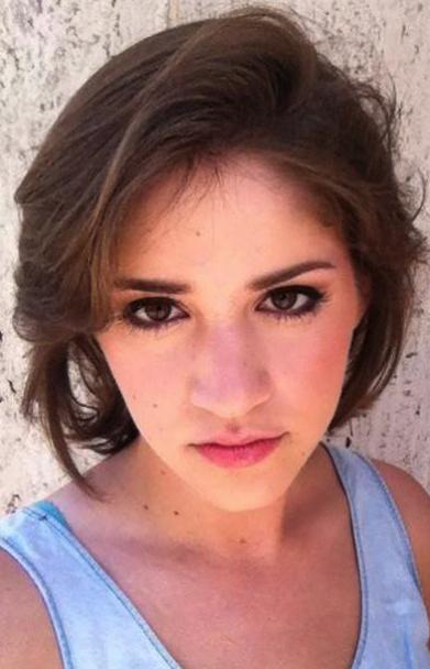 Caitlin Utter Headshot 2.jpg