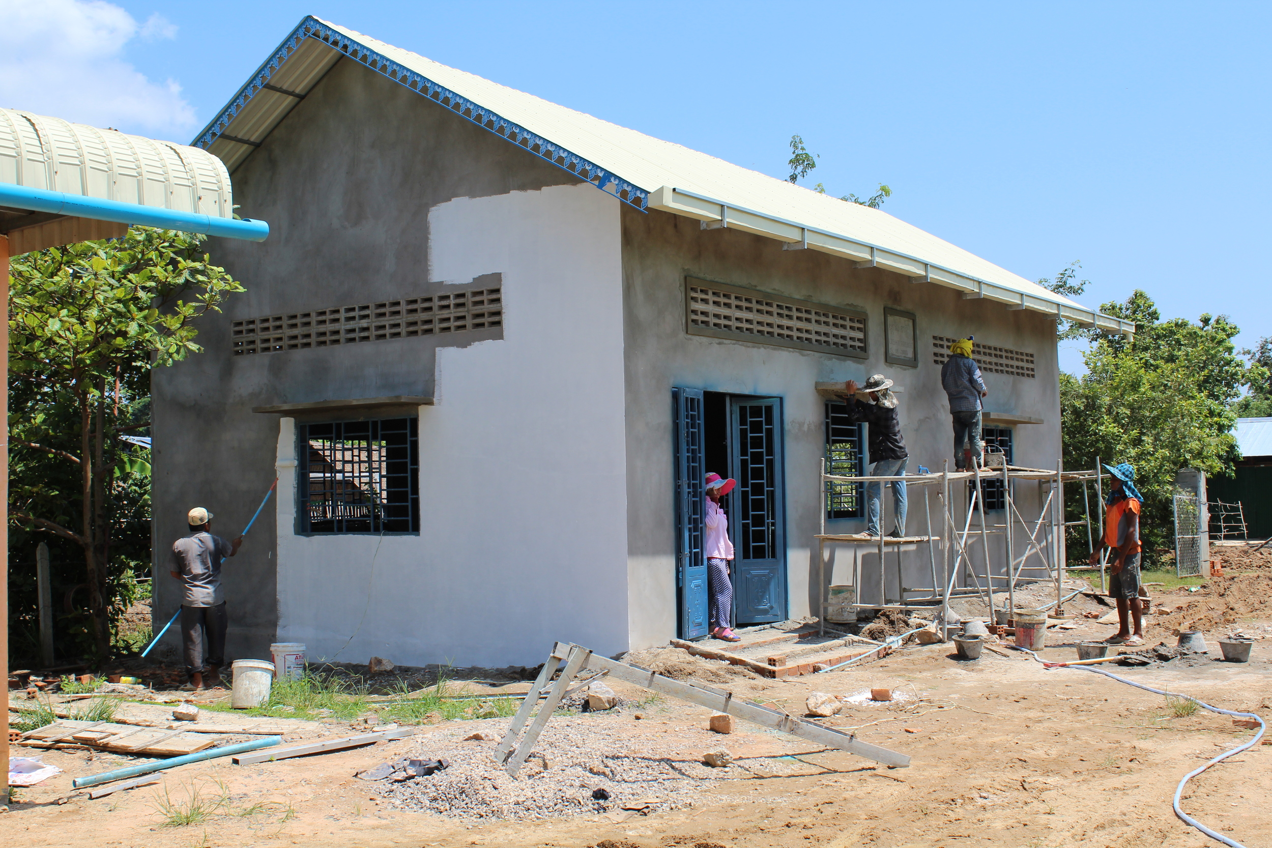 The new LandMine Design headquarters getting painted in September!