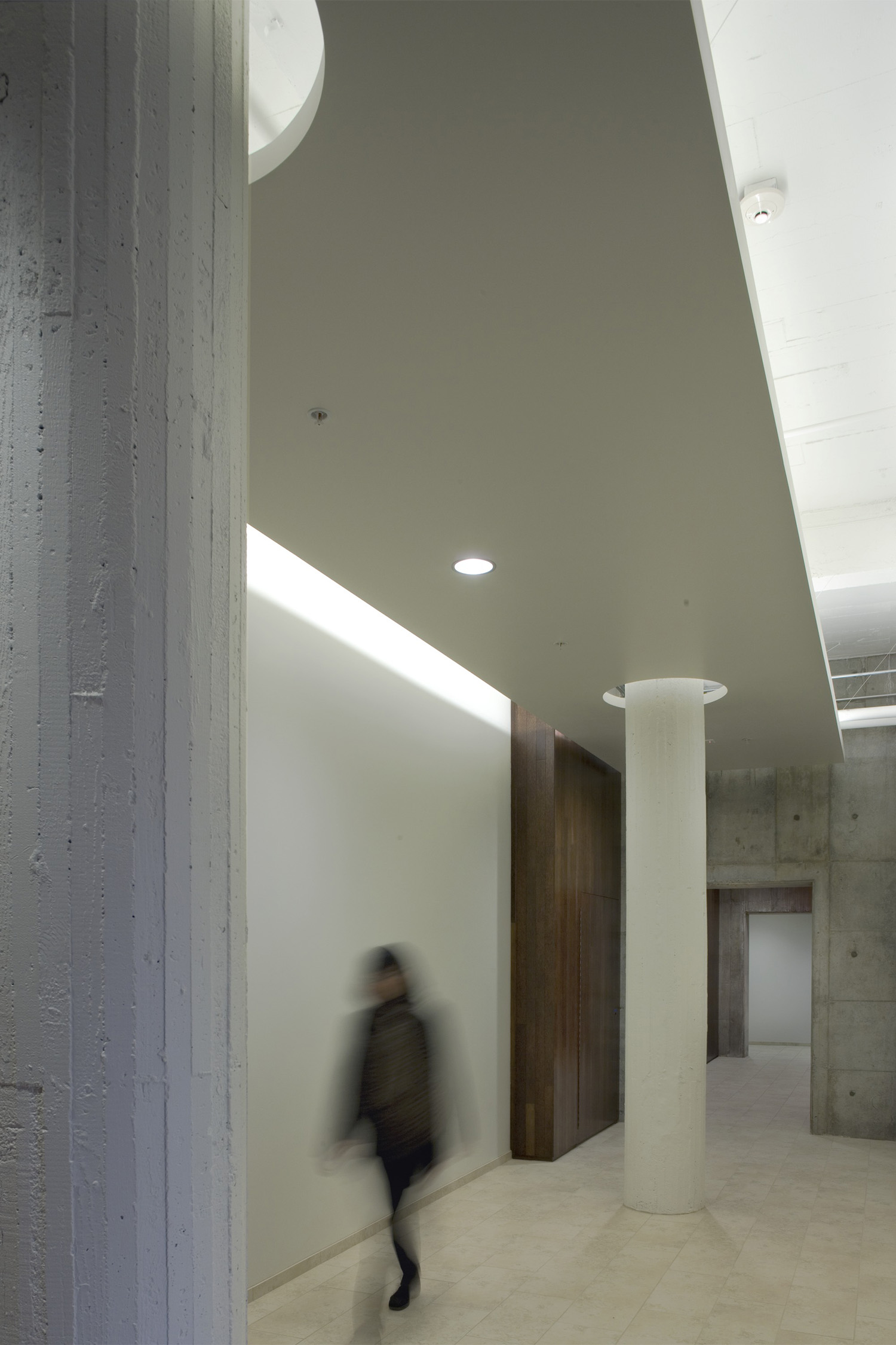 wC hall2.jpg