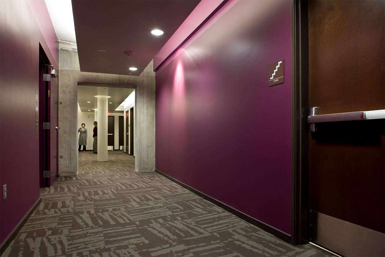wC hallway.jpg