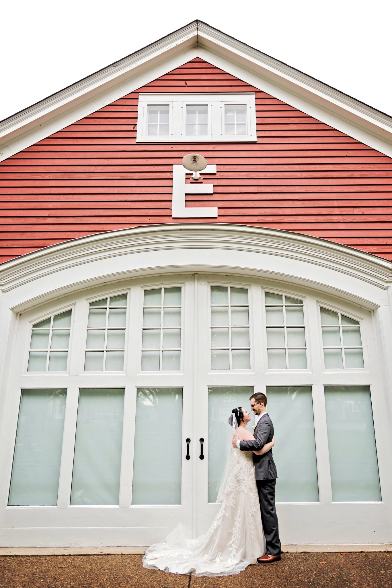 Shawny & Ian are high school sweethearts that got married in their hometown last fall