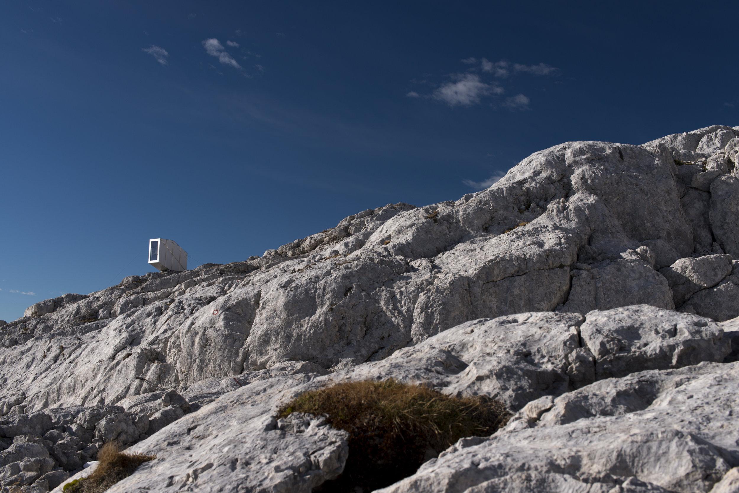WINTER-CABIN-MOUNT-KANIN_OFIS_a_FOTO@JANEZ-MARTINCIC__22.jpg