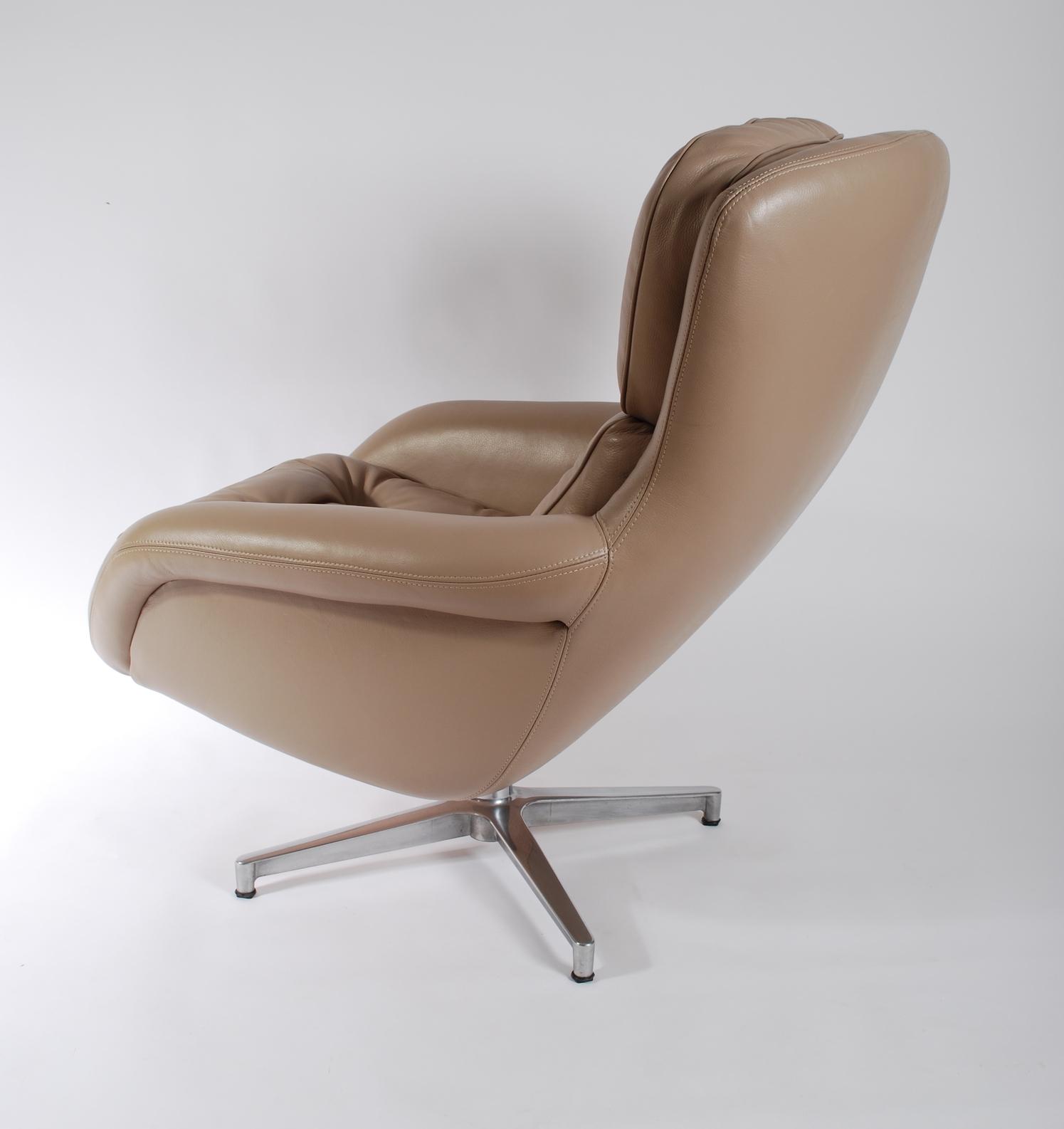 Lounge Swivel Chair 60's, camel/grey leather, chrome leg