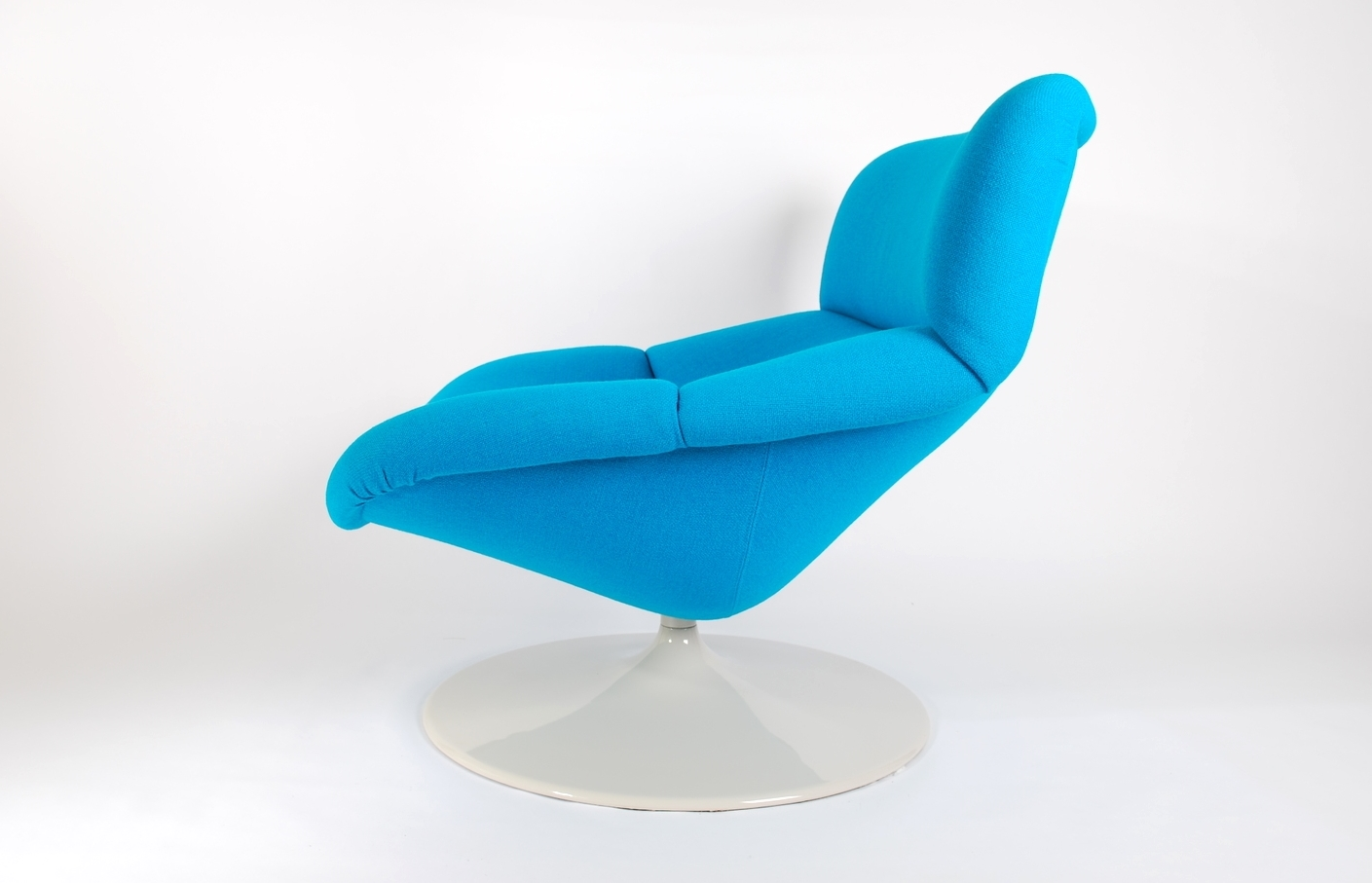 Artifort F518 Lounge swivel chair by Geoffrey Harcourt for Artifort. 1980.