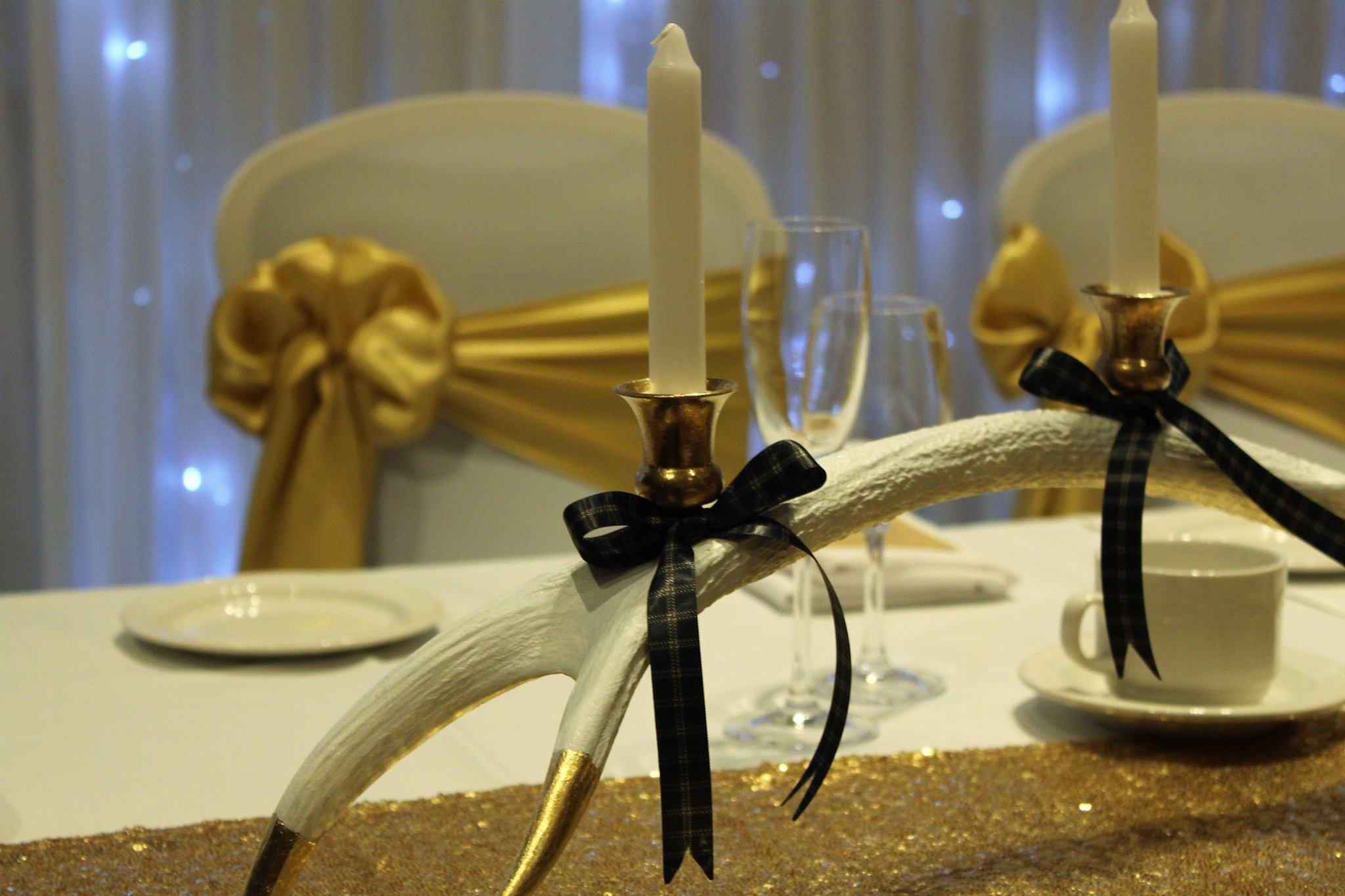 Wedding at the Hilton by Pretty White.jpg