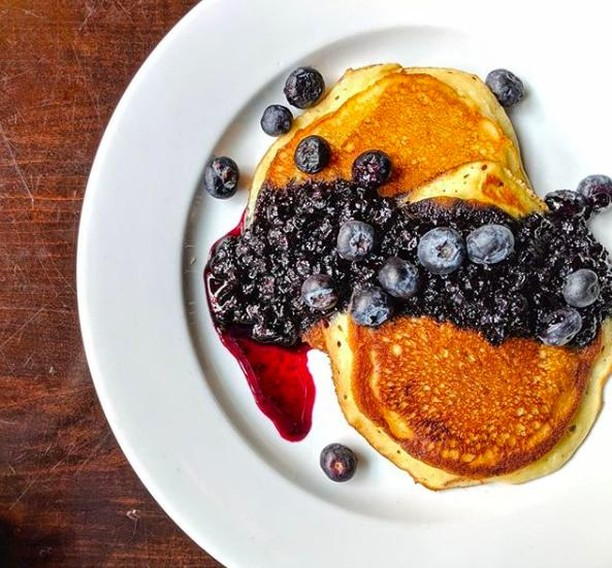 🚨BRUNCH GIVEAWAY!🚨 For those of you with a A$$ appetite, we're throwing a BIG @$$ PANCAKE BRUNCH on 4/7! Our fat A$$ES are so excited that we're giving away a complimentary brunch including TWO giant p'cakes and access to our BYO toppings bar for you & a friend! To enter:  1️⃣ Follow @lansdownepub  2️⃣ Tag a brunch-a-holic 3️⃣ Like this photo [CONTEST CLOSES ON 3/24 @ 3PM! WINNER WILL BE ANNOUNCED IN THE COMMENTS. GOOD LUCK! ] [📸: @caught.in.a.taste}