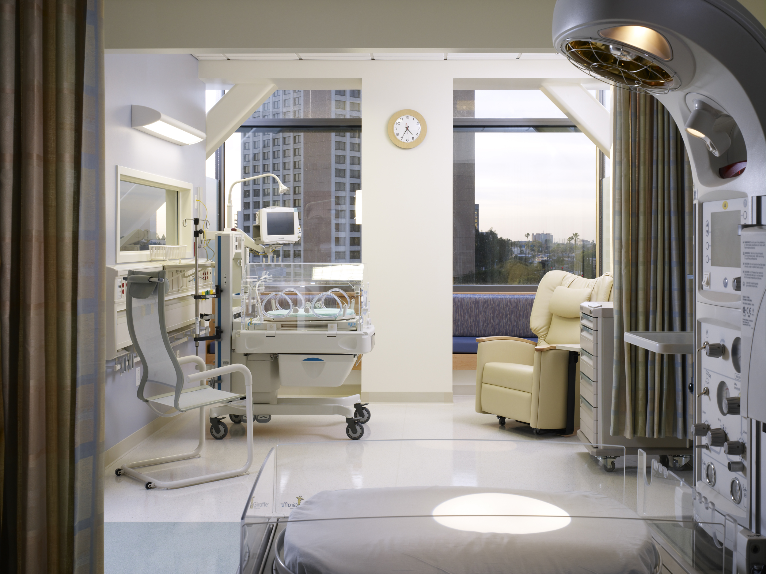 University of California Irvine Hospital 2.jpg