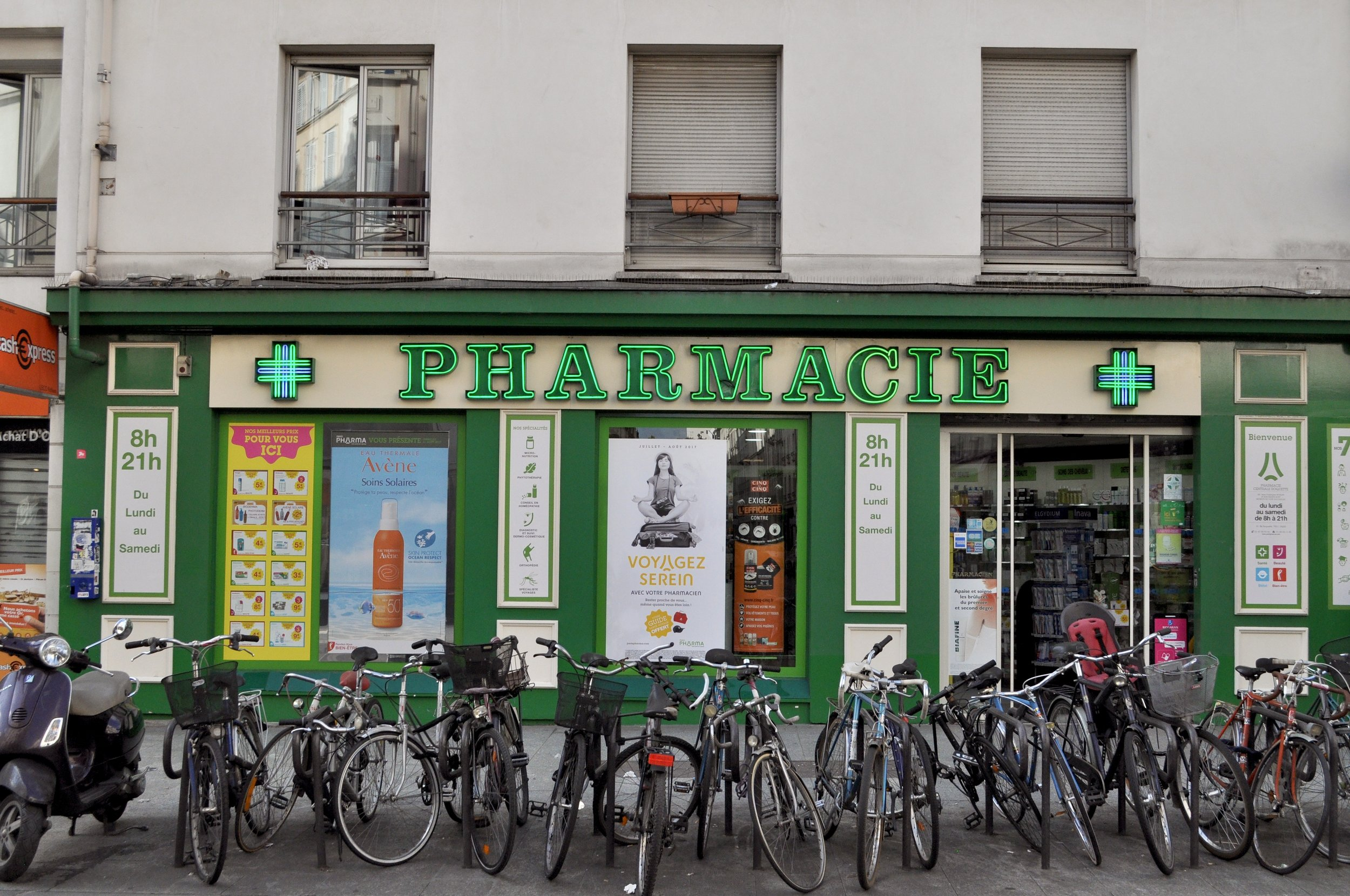 Pharmacie T.JPG