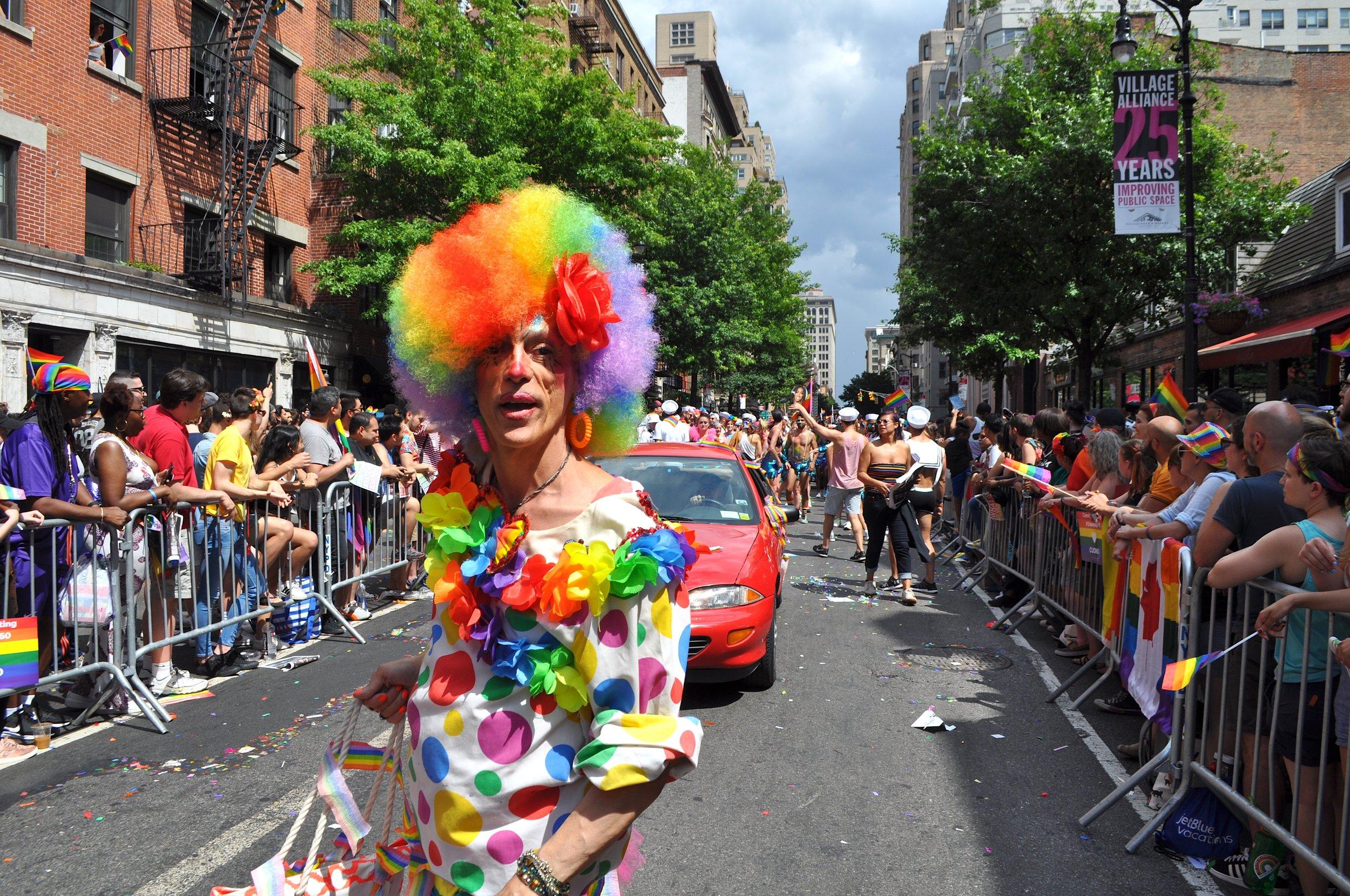 Clown Car T.JPG