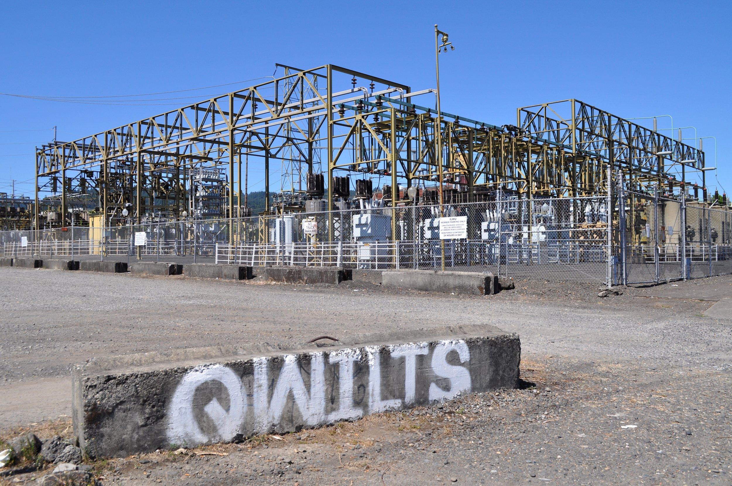 Qwilts T.JPG