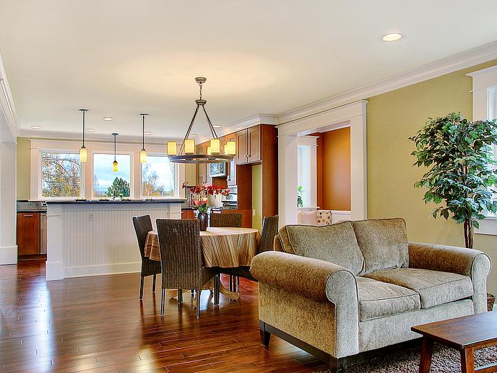 04-720Living Room-Kitchen.jpg