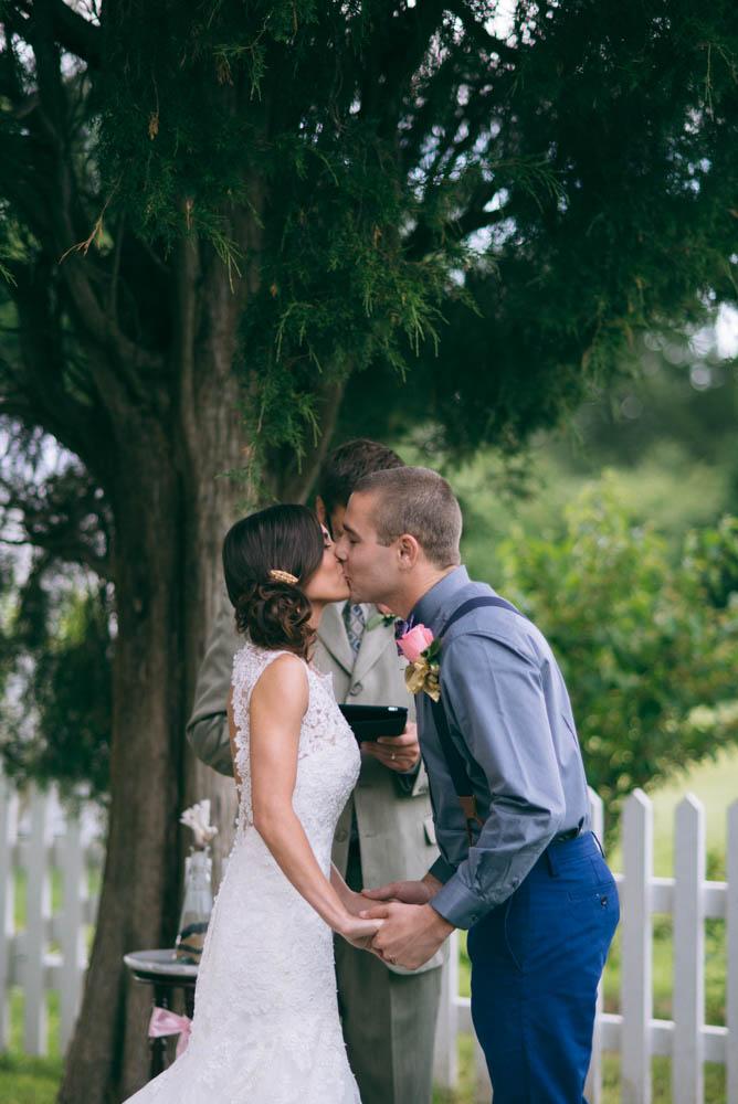 WeddingKiss.jpg