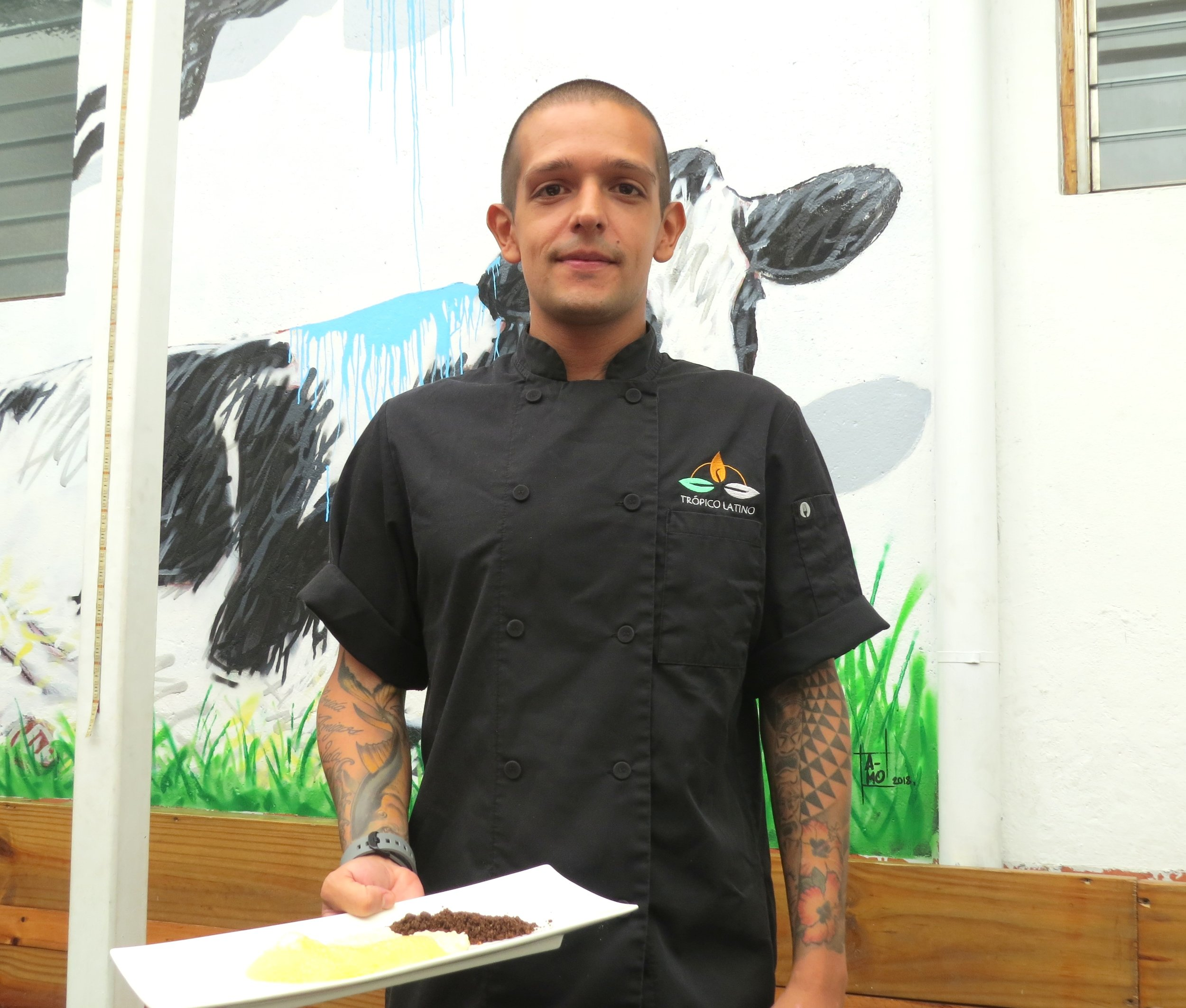 Josué Calvo, cocinero de Trópico Latino