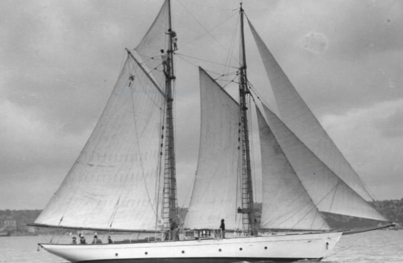 Mistral sailing.png