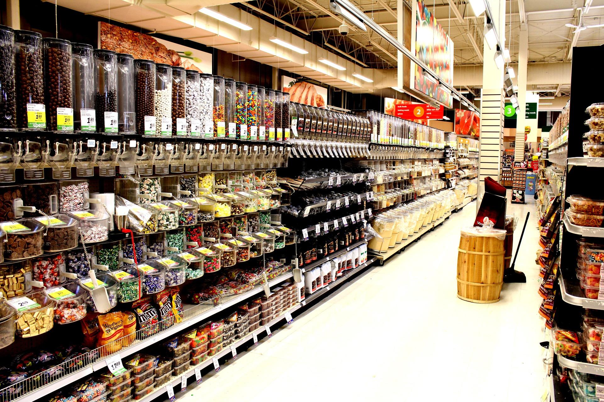 Bulk food aisle