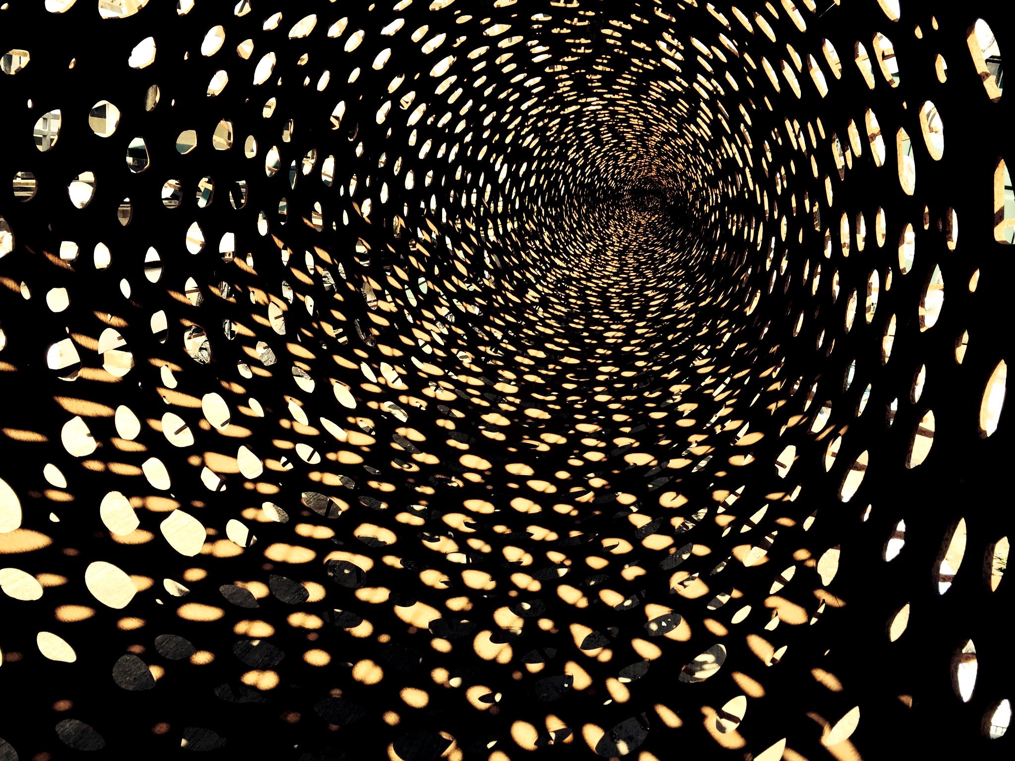 Inside Golden_Credit Wolfgang Buttress Studio.jpg