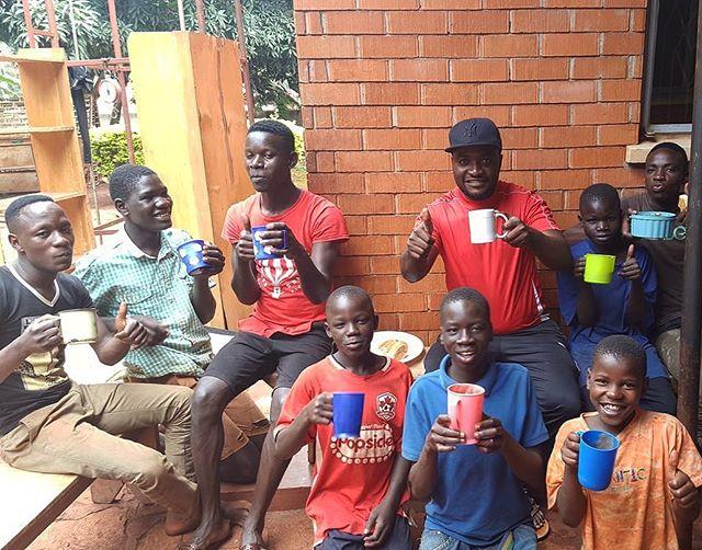 We start our days together with morning porridge 🥣☀️ #riseandshine #bettertogether #eattogether #goodmorning #breakfast #kwagala #kwagalameanslove #uganda #jinjauganda