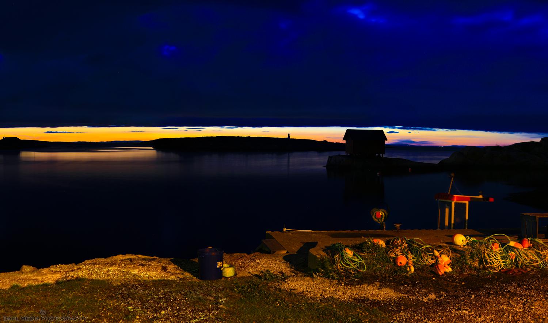 Oktoberkveld. Hummerfiskerne har tatt kvelden og trenger hvile frem til en ny lang dag i Ytre Oslofjord.
