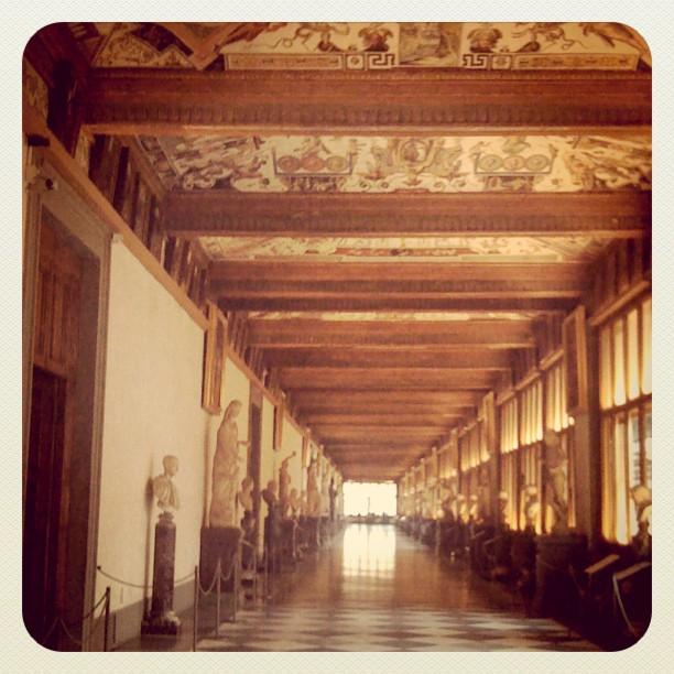 uffizi-florence-italy