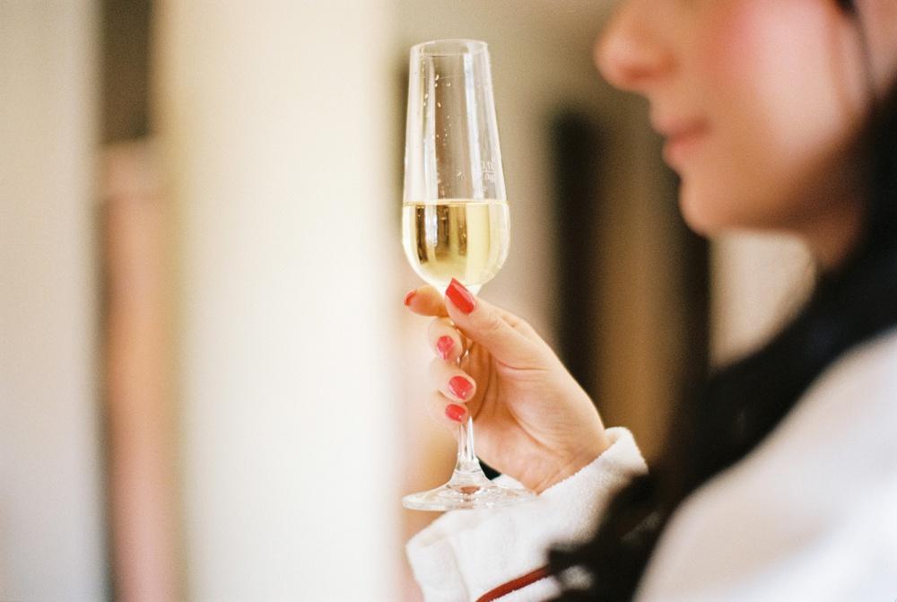 red-fingernails-champaign-arosa