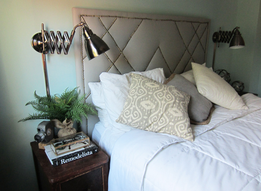 Getting into bed feels so much more luxurious with these accordion bedside sconces