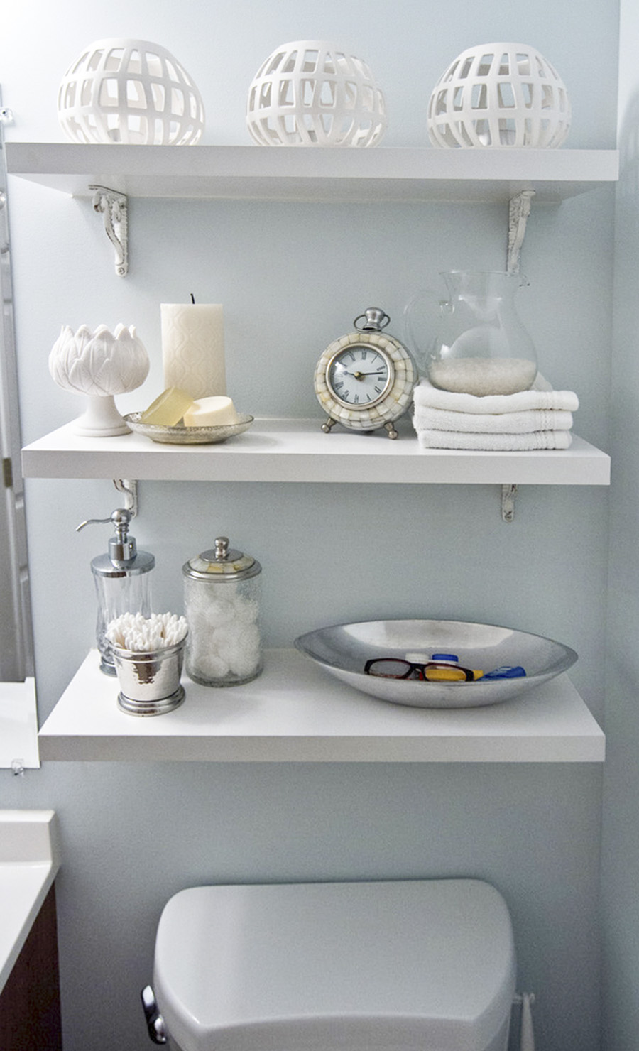 shelf-storage-master-bathroom2.jpg