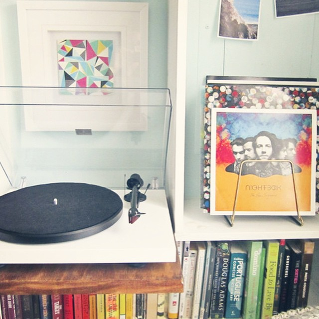 My new #recordplayer needed a place to live in the middle of the action, so I built a sleeve that slides onto the built-ins to give me a few more crucial inches. #diy #music #smallspaces