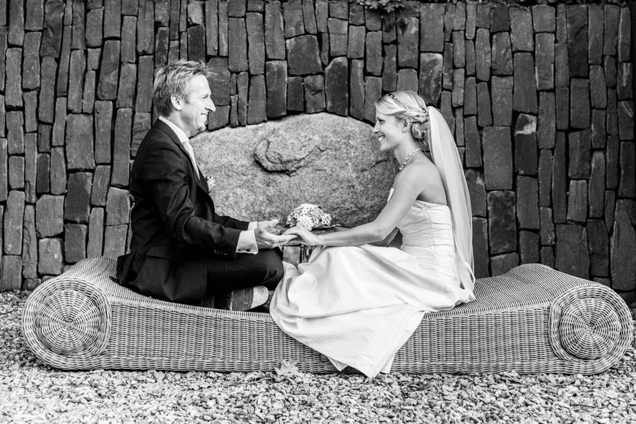 Nadine_Soeren_HochzeitPoolParty_WEB_-7.jpg
