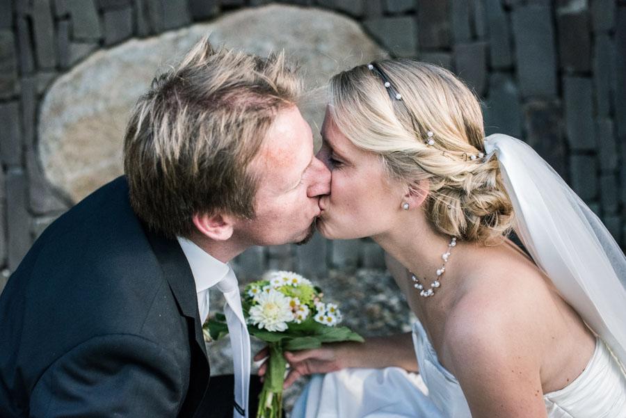Nadine_Soeren_HochzeitPoolParty_WEB_-10.jpg