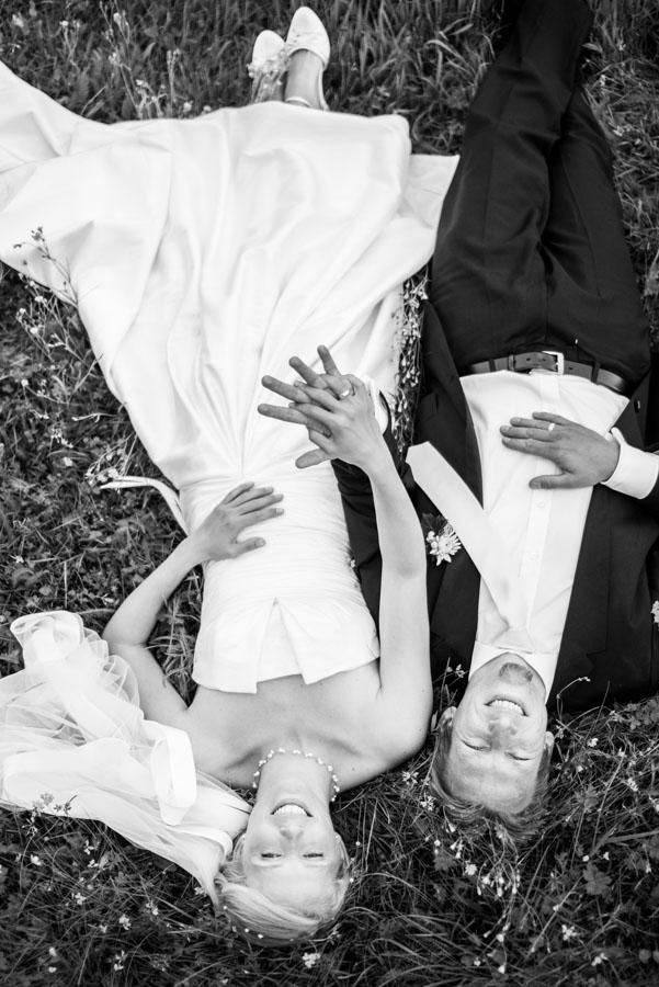 Nadine_Soeren_HochzeitPoolParty_WEB_-19.jpg