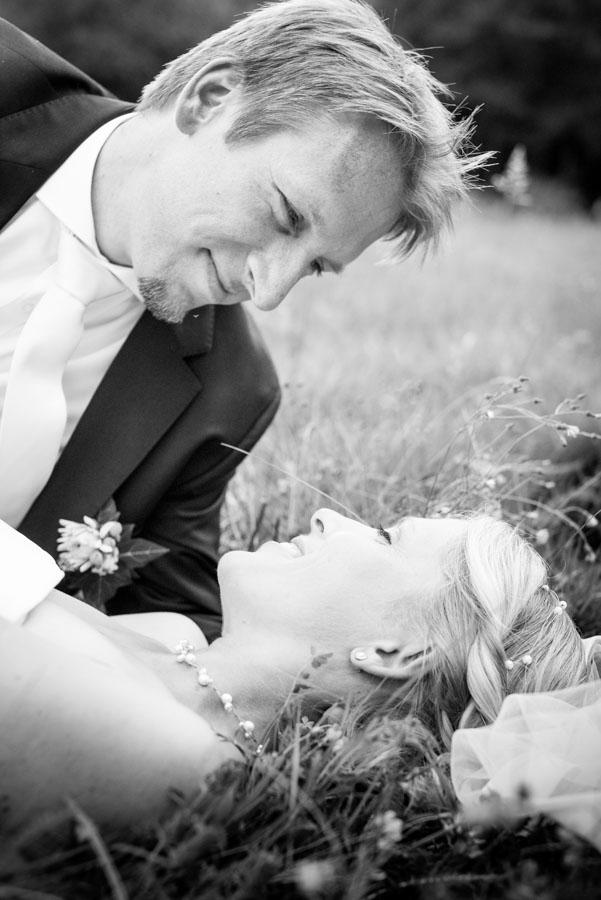 Nadine_Soeren_HochzeitPoolParty_WEB_-23.jpg