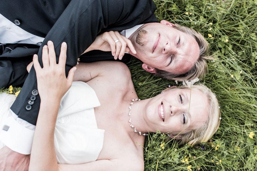 Nadine_Soeren_HochzeitPoolParty_WEB_-24.jpg