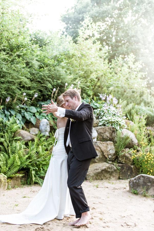 Nadine_Soeren_HochzeitPoolParty_WEB_-33.jpg